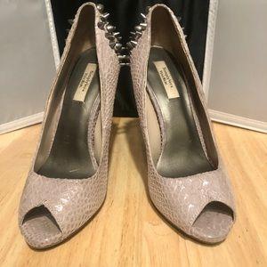 Awesome simply Vera Vera wang spiked heels